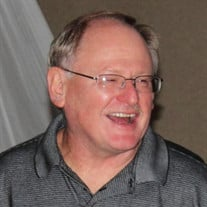 Michael J Dennie Sr