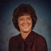 Julia  Plummer