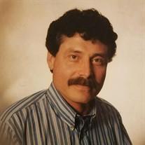 Sr. Richard M Cubas