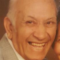 Mr.  Romualdo M Muñoz