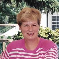 Gail E Henry