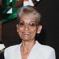 Estelle Aquino
