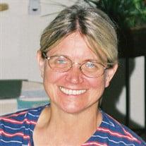 Margaret M Luecke