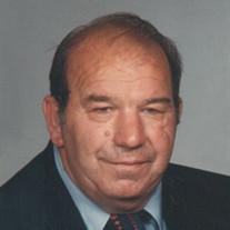 Larry 'Pete' McVay