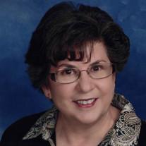 Vicki Colucy