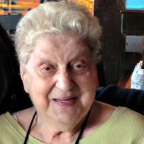 Mae Esposito,
