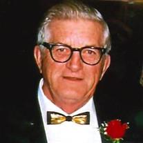Lloyd Peter Woyczik