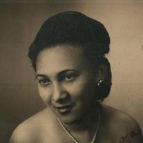 Carlota G Nieves