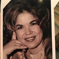 Isabel Diaz Marcombe