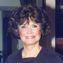 GLORIA M LLEWELLYN