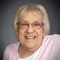 """Patricia Ann """"Pat"""" Davault"""