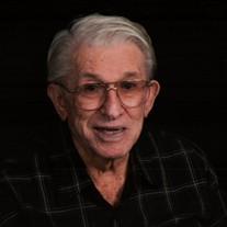 Milton Erich Mueller