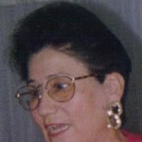 Herlinda M Contreras