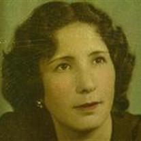 Elodia D Martinez