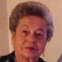 Maria E Ramirez