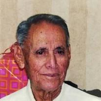 Hector Tito Valdes