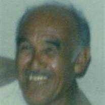 Guillermo E Vasquez