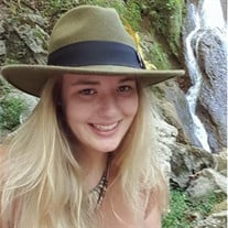 Savannah Lee Roller
