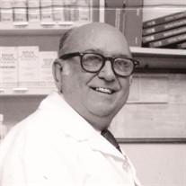 Alberto R Cruz
