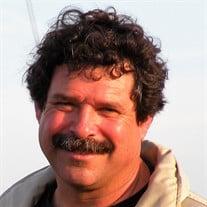Craig J Marlo