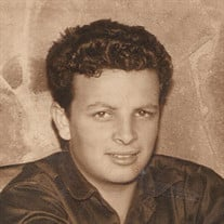 Leopoldo M. Curiel