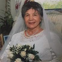 Mrs. Lucia Margarita Estrella de Gil