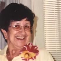 Isabelle  Medeiros