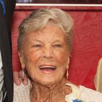 Betty  Hilton