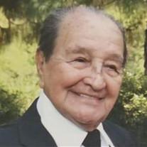 Enrique Juan Luzuriaga