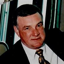Larry B Kinsaul