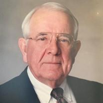 Roy E Garrison