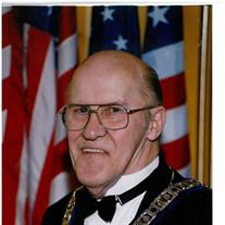 Robert J Martin