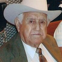 Baudelio Garza