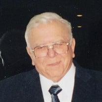 Daniel  J Silva