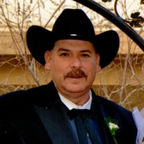Mr. Lewis Carlos Gonzalez