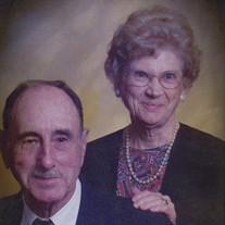 Helen Harr Amos