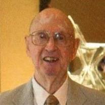 Joseph M Pallitto