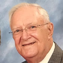 Mr.  Milton Lamar  Trawick