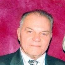 Nicholas J Altomare