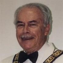 Paul  J Winfield