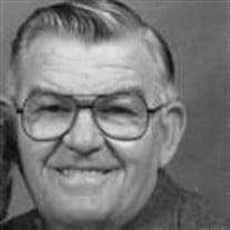 Dennis  D Lynn