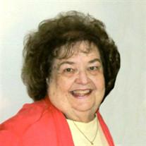 """Launa """"Lou Ann"""" Kohlbacher"""