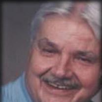 Larry E Dall