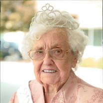 Violet  Mae Richardson Carr