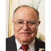 Fernando J. Leon
