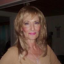 Theresa Macchia