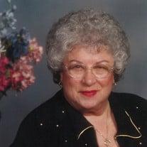 Dolores Alvernaz