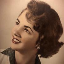 Lynda  Mae Gross