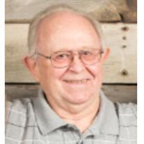 Dennis W  Lowe