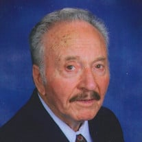 Jose G Romo
